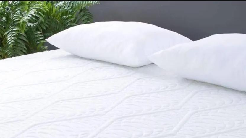 eluxury mattress review